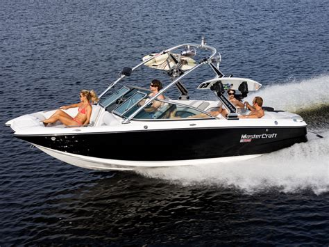 Nice Lake Powell Power Boat Rentals for your Vacation