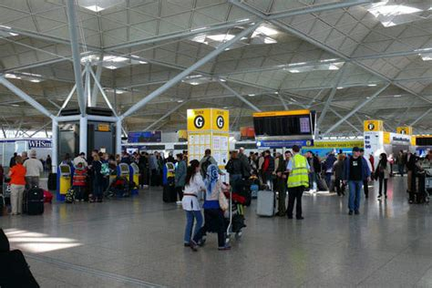 The top 10 busiest airports in the UK - Airport Technology