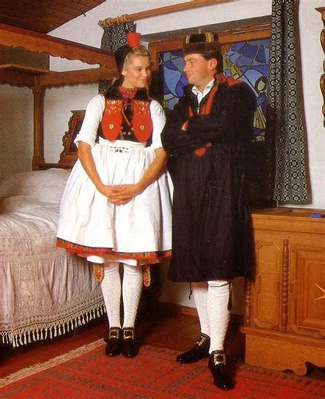 FolkCostume&Embroidery: Overview of the Folk Costumes of