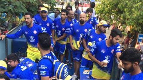 Watch: Chennai Super Kings treat fans with open-top bus