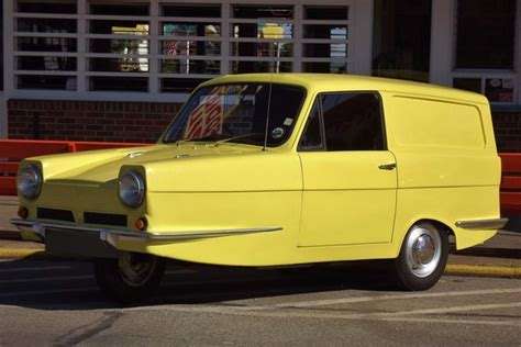 Today's Cool Car Find is this 1973 Reliant Regal Supervan