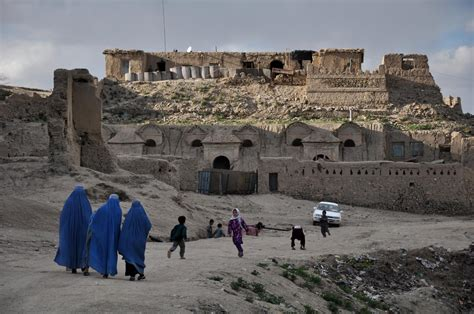 Photojournalist Aref Yaqubi Captures Afghanistan's