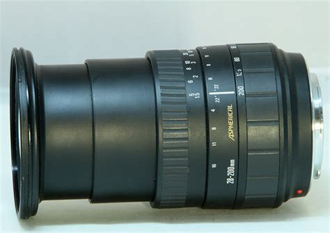 The Sigma Zoom 28-200 mm f/ 3