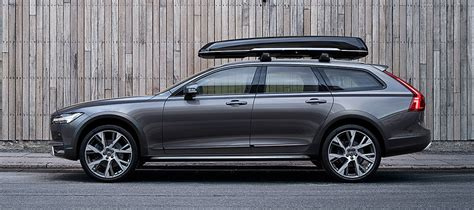 Volvo V90 Cross Country | Military Car Sales | Build Your