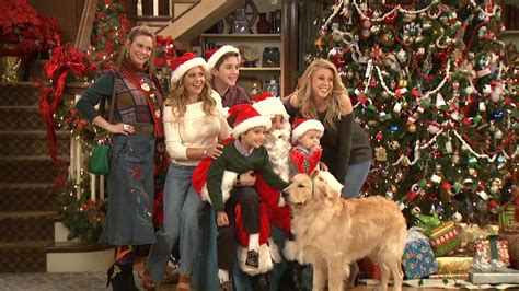 EXCLUSIVE: Behind the Scenes With 'Fuller House' Stars as