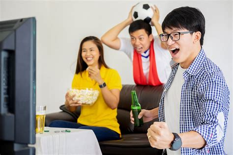 Cheryl Ng Best Gift Ideas for the Football Fan in Your