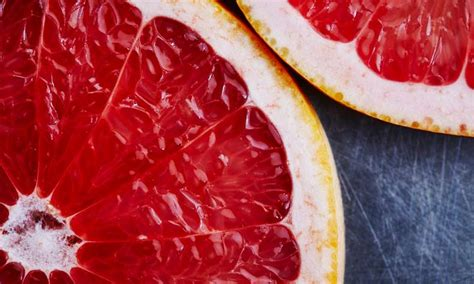 Grapefruit Benefits Weight Loss, Glowing Skin and More