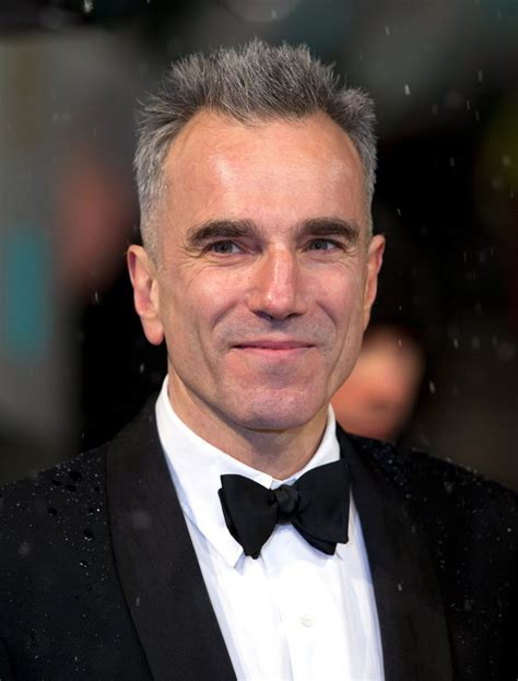 Daniel Day-Lewis - Biography, Height & Life Story | Super