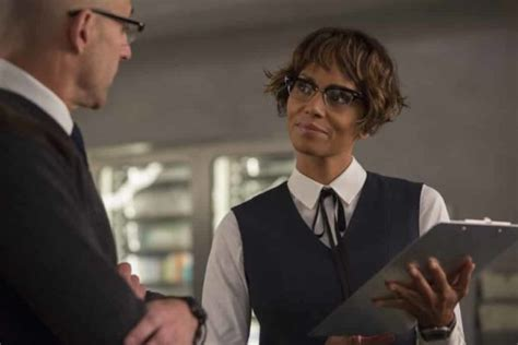 There's A Mark Strong/Halle Berry Love Scene In Kingsman 2